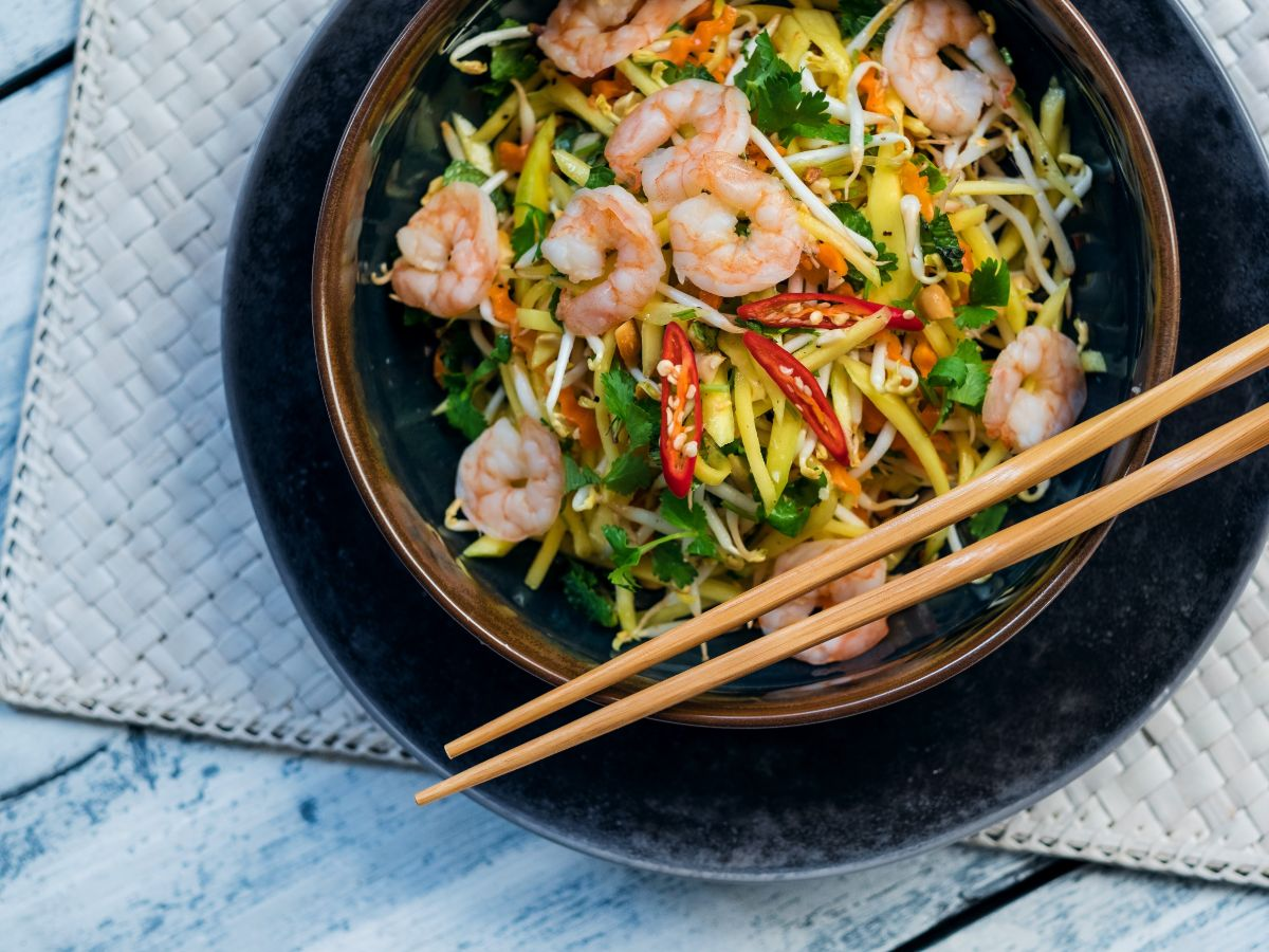 Mango Salad with Shrimps